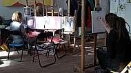 Sobotní workshop malby a kresby portrétu v ateliéru praga prima s Filipem Kudrnáčem