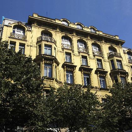 Ateliér Praga Prima - průčelí budovy na Národní třídě